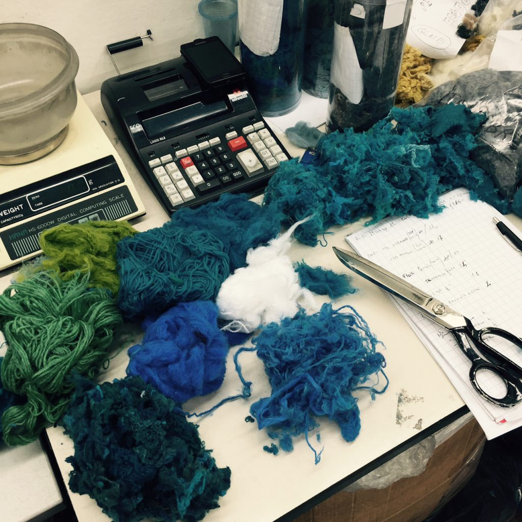 Recycled wool in different colours