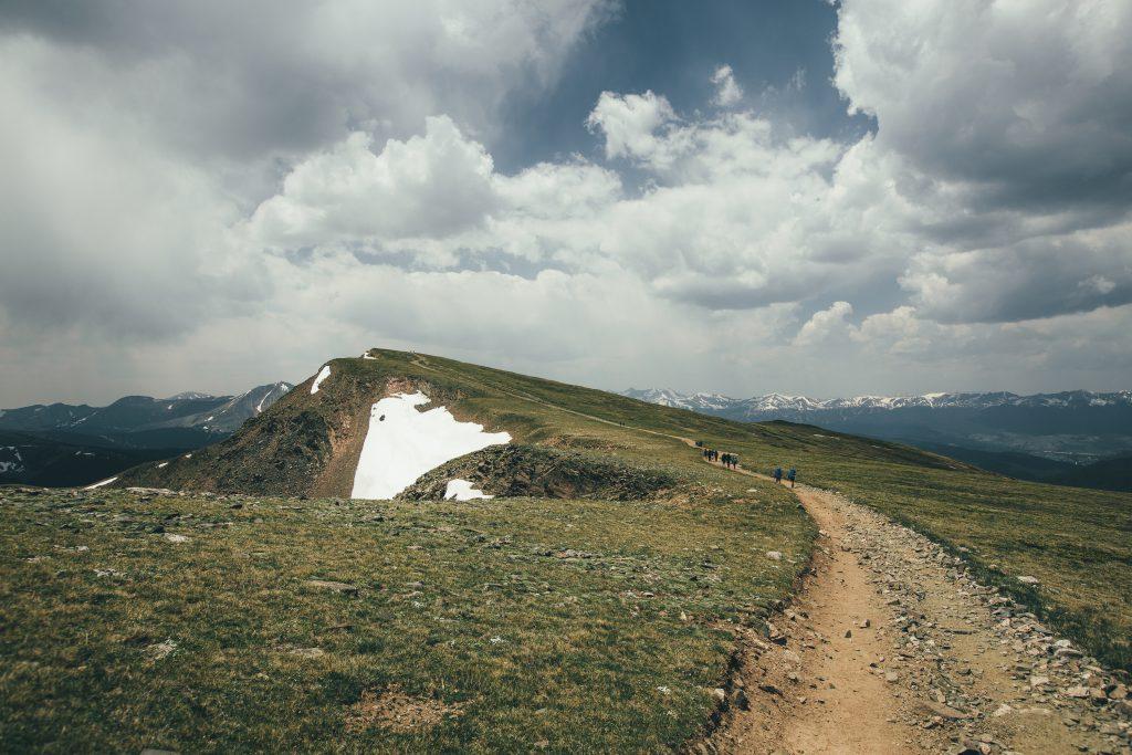 Mountain landscape, photo by @fursty
